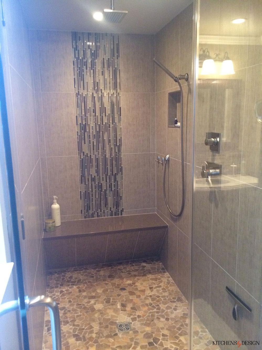 natural look shower with large bench and rainfall head